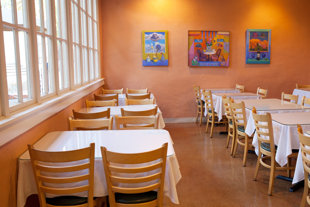 Main dining room at Cafe a la C'Art in Tucson